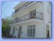 Анапа, п.Джемете, частная гостиница БЕРЕГ, фасад Увеличить